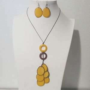 Jewelry - Handmade tagua set necklace and earrings